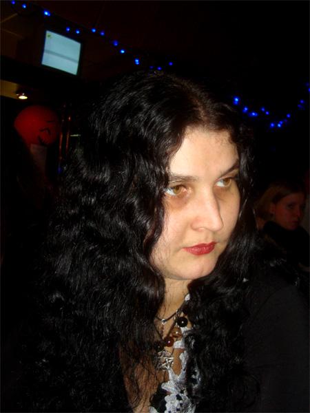 Ратунэ, Элена